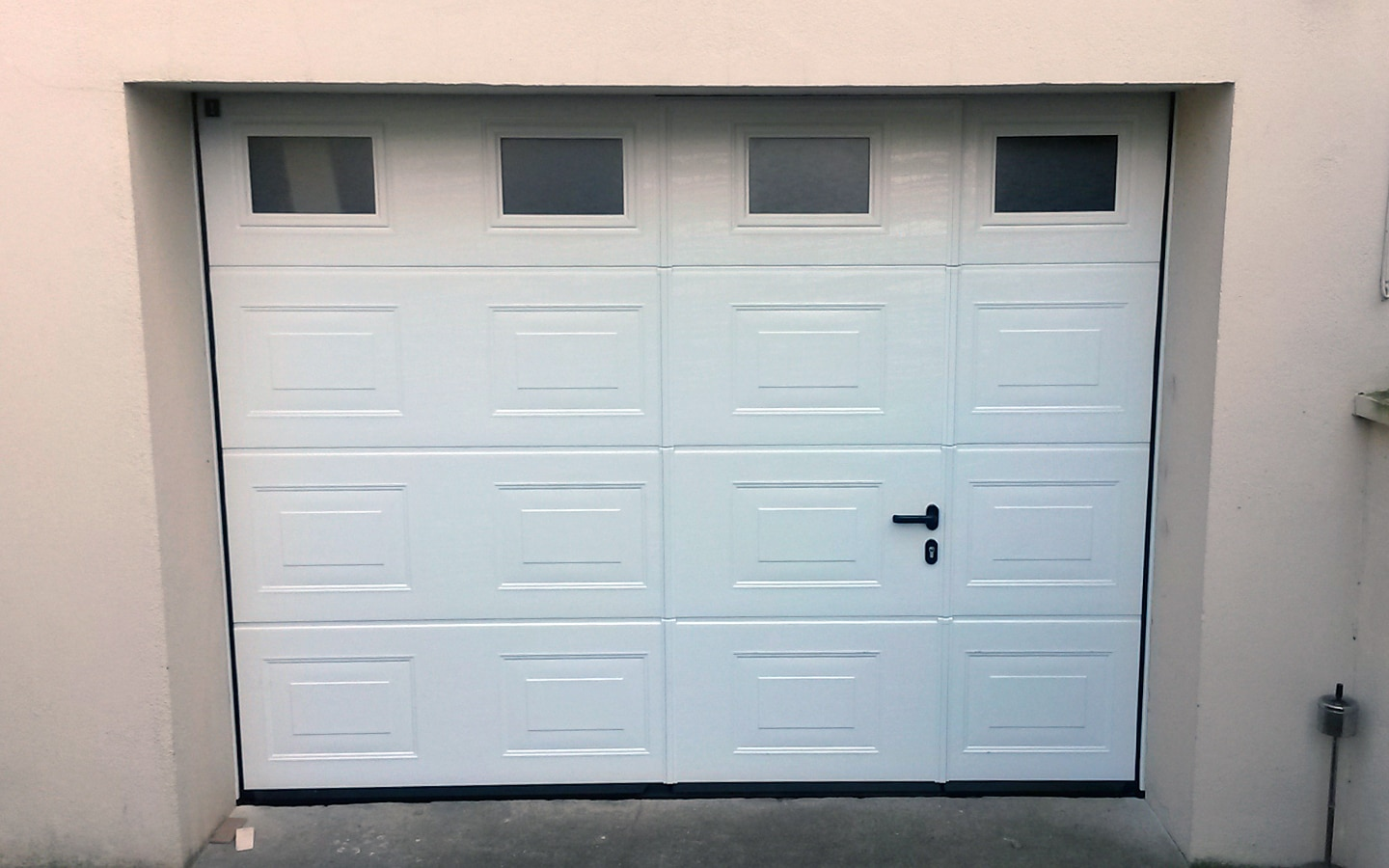 porte-garage-sectionnelle-blanc